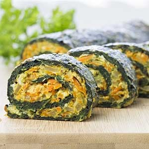 Vegetarian Spinach Rolls – This is my favorite vegetarian recipe! It's easy, savory, and filling. Super yummy! │ TheFitBlog.com