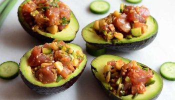 Ahi-poke-salad-with-makadamia-nuts-header