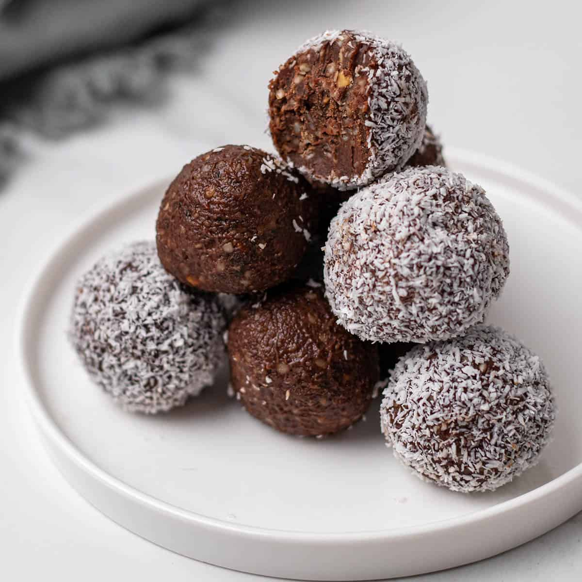 Chocolate Keto Fat Bombs Peanut Butter Coconut Oil Diabetes Strong Ingredients, instructions and nutritional facts can be found here. chocolate keto fat bombs