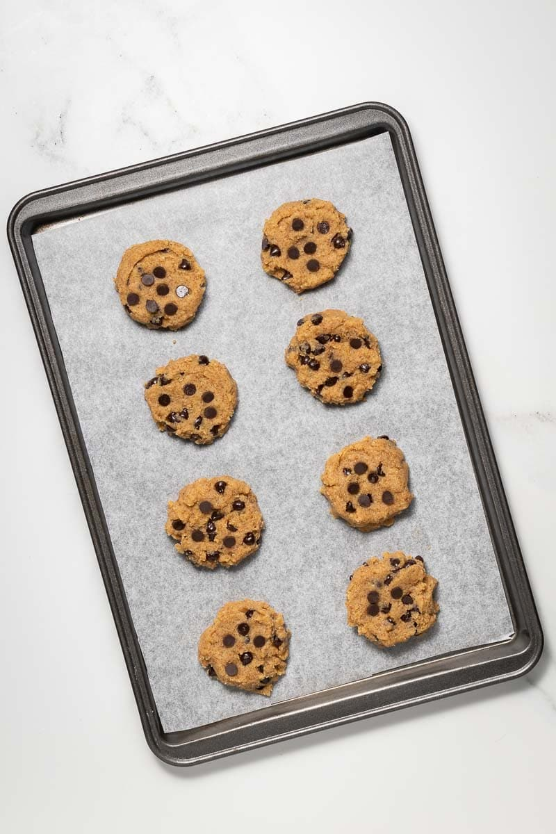 Chocolate chip cookies on the baking tray