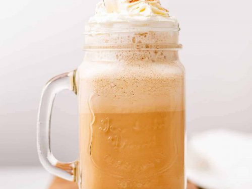 Keto coffe with whipped cream and cinnamon